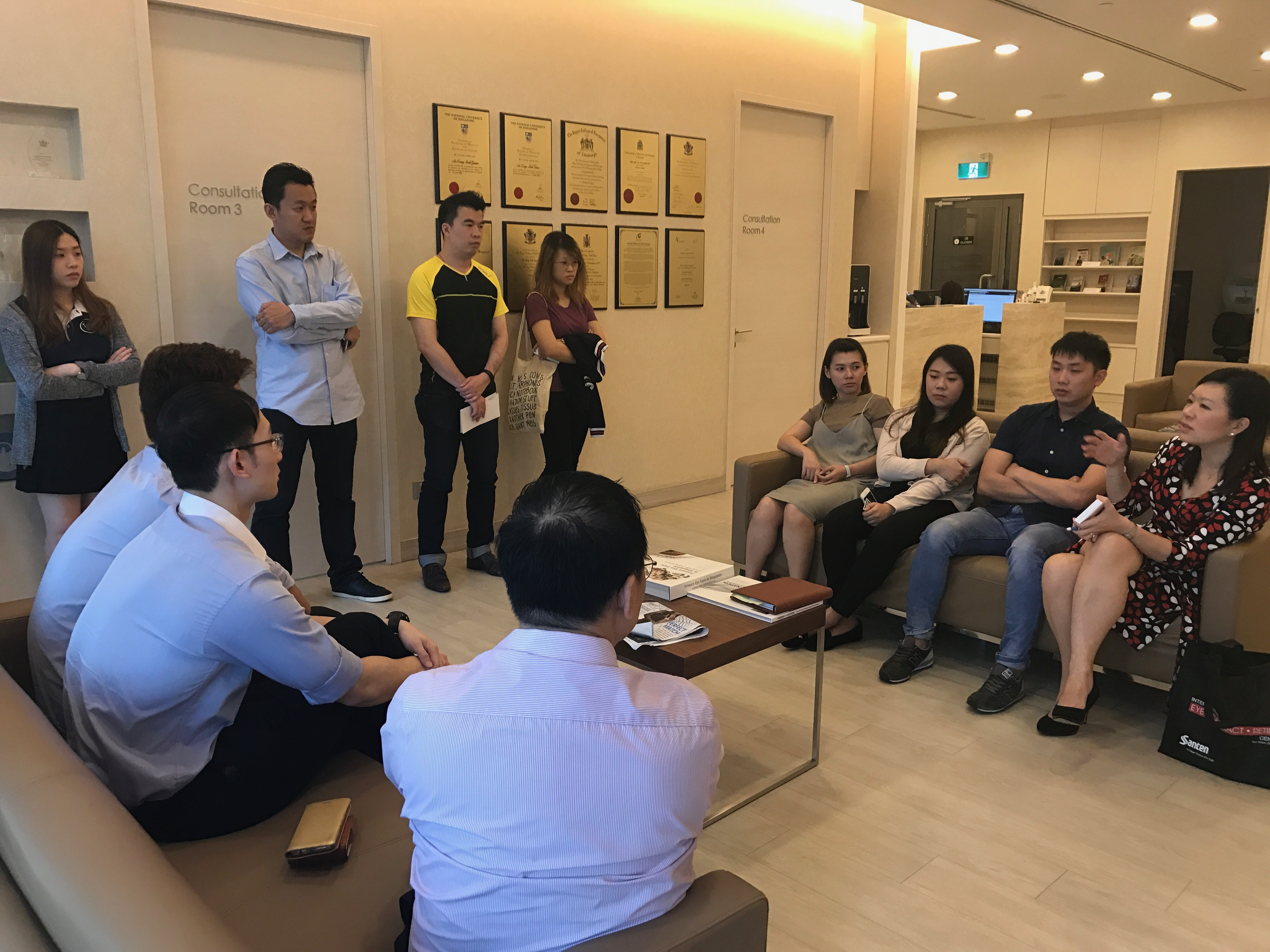 Dr Joy Chan, Medical Director & Senior Consultant from International Eye Cataract Retina Centre, sharing helpful eye care tips with optometrists and opticians from Vision Lab Eyewear on 16 August 2017.
