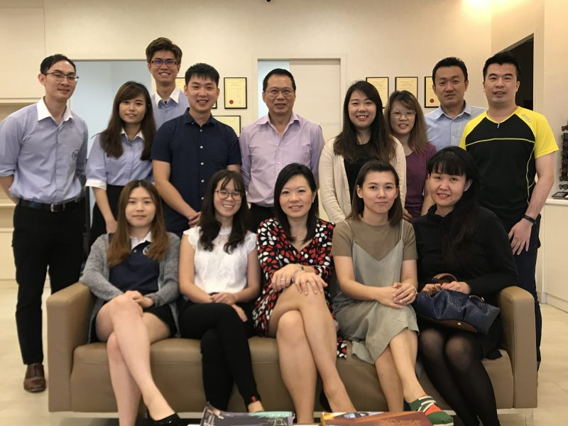 Group photo of Dr Joy Chan and participants from Vision Lab Eyewear at International Eye Cataract Retina Centre during a small group teaching session by Dr Chan on 16 August 2017.