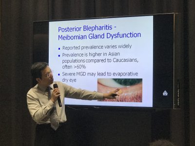 Dr Au Eong Kah Guan explaining about blepharitis to medical doctors at the TK Low Academic Specialist Centre in Farrer Park Hospital during a Continuing Medical Education lecture on 27 April 2017.
