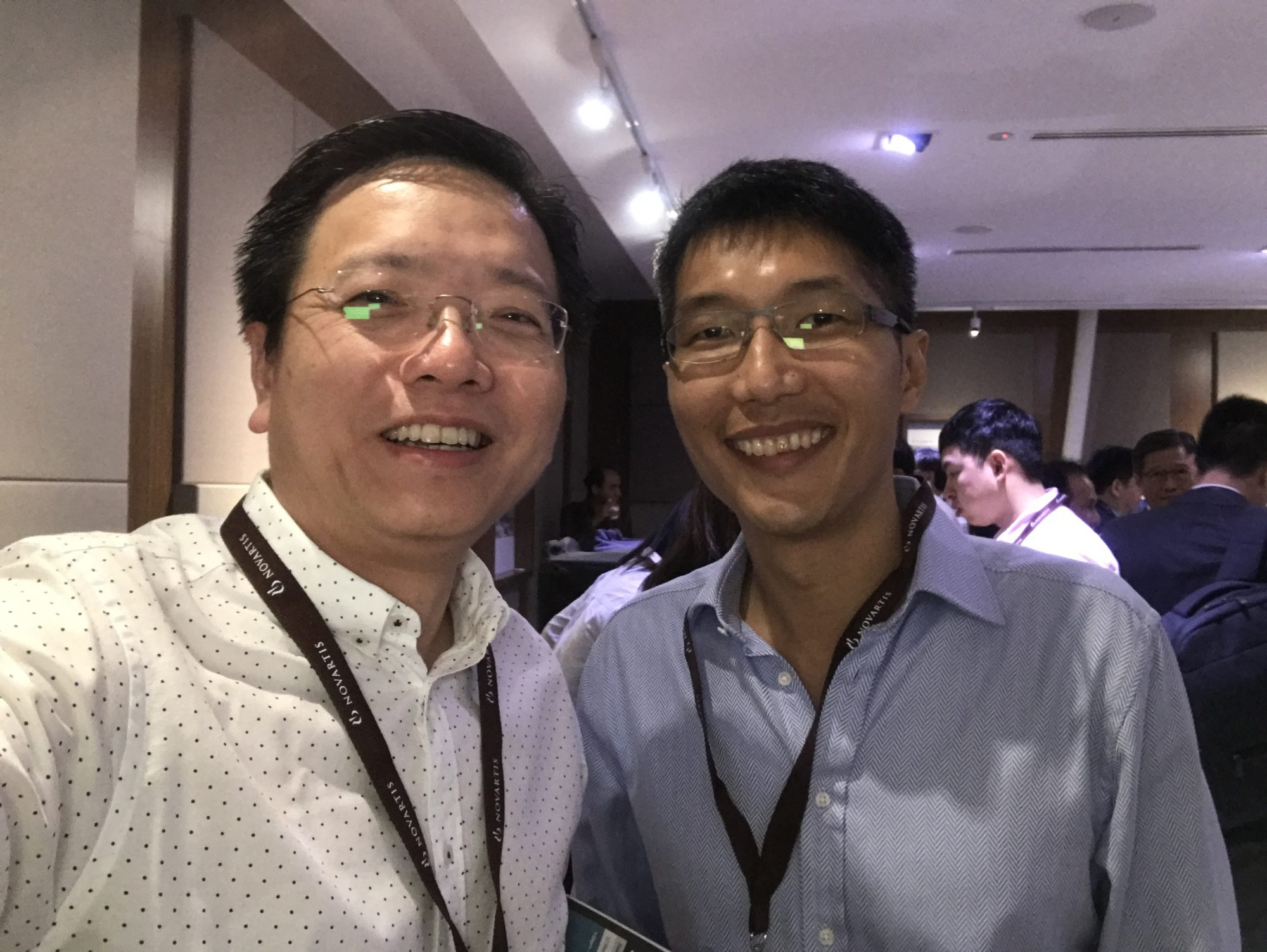 (L-R) Dr Au Eong Kah Guan with fellow vitreoretinal surgeon Dr Alan Ang from Penang, Malaysia.