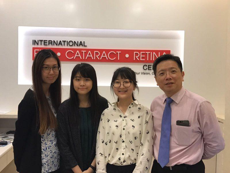 (L-R) Optometrist Lee Hui Xin Leanne, optometrist Goh Jiah Ying, Raffles Institution student Sophia Kim and Dr Au Eong Kah Guan.