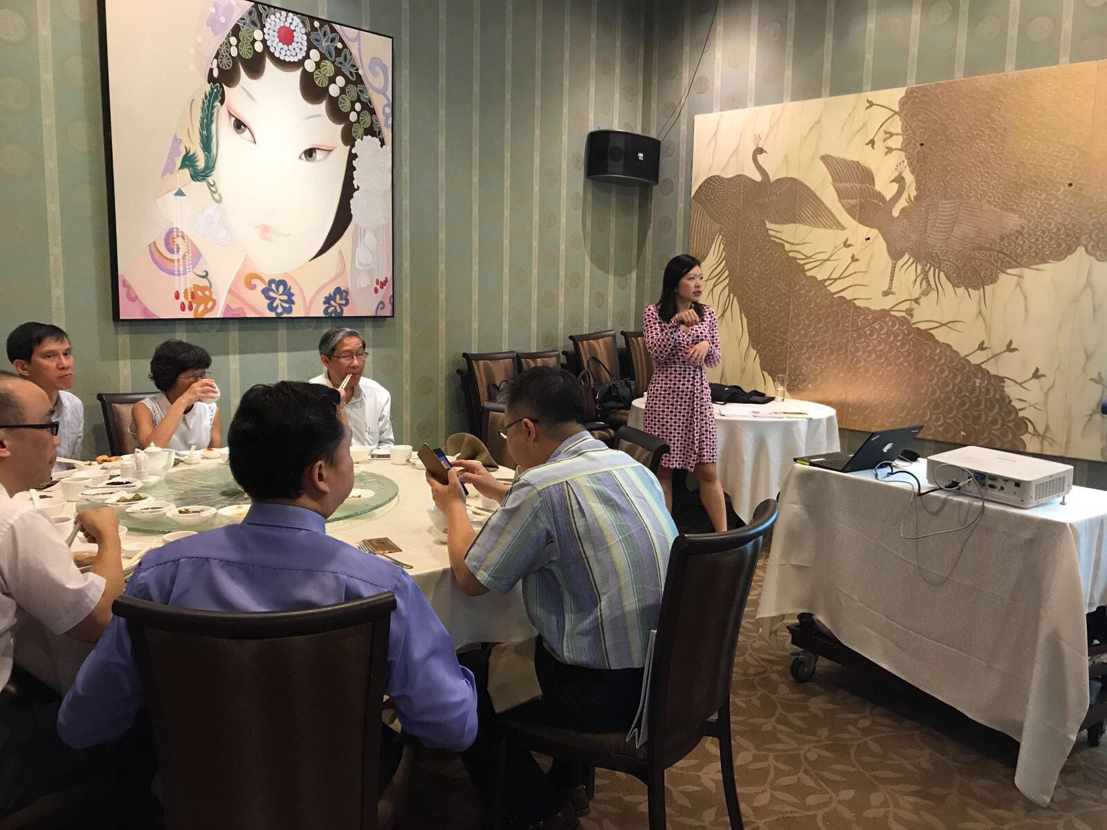 "Dr Joy Chan's talk to general practitioners on ""Red Eye"" at Swatow Restaurant, Serangoon Gardens Country Club, on 19 July 2017 was supported by an educational grant from Santen Pharmaceuticals."