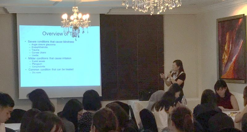 Dr Joy Chan describing the different causes of red eye to a group of pharmacists from Guardian during a talk at The Colonial@Scotts on 3 August 2017.