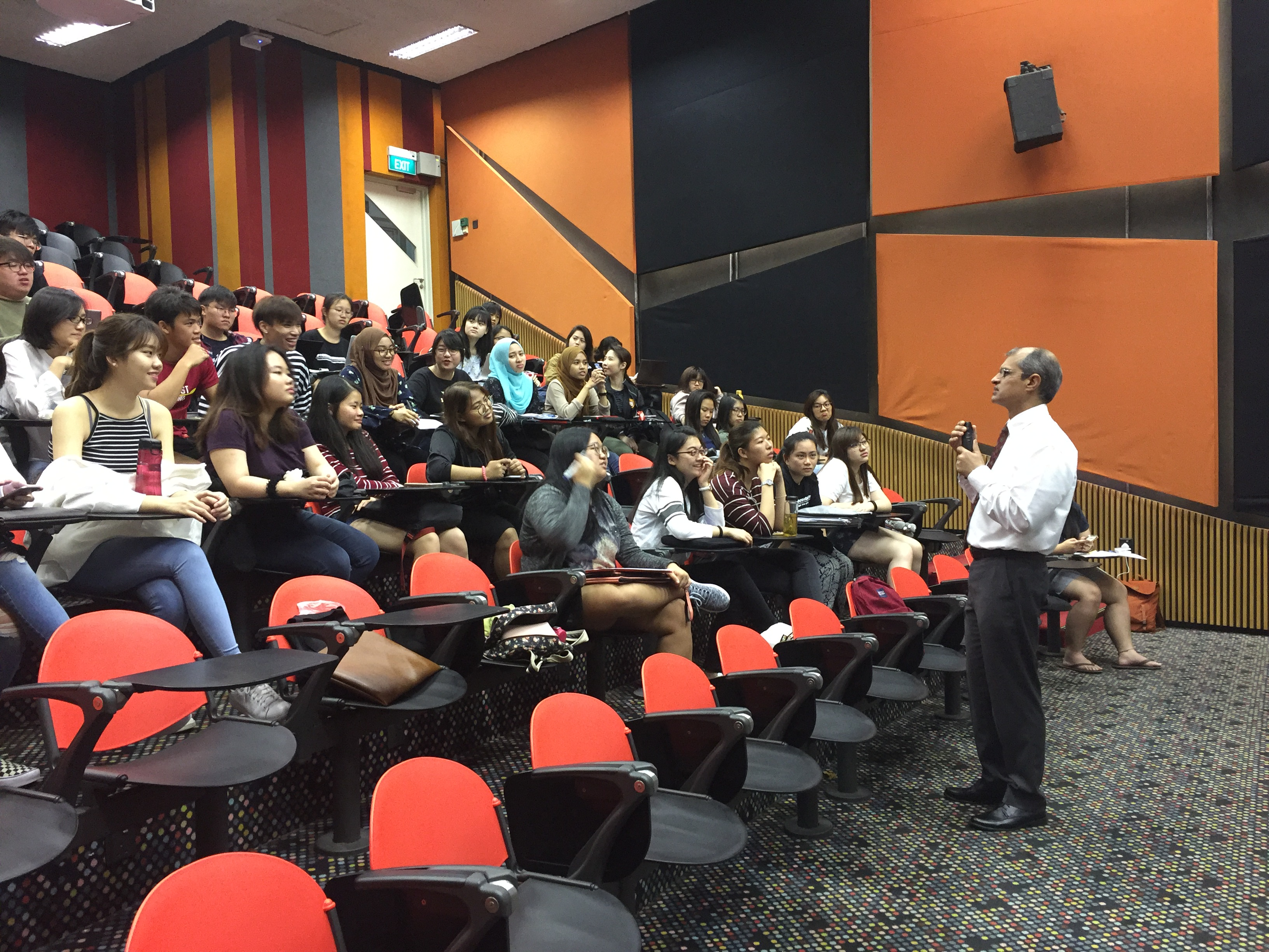 Ngee Ann Polytechnic optometry students listening attentively to Dr Ajeet Madhav Wagle's lecture on retinal angiography on 27 November 2017.